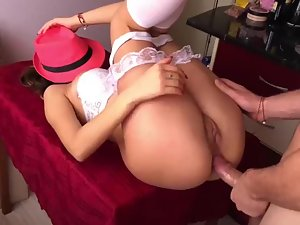 Hiding face with pink fedora during anal sex Picture 4