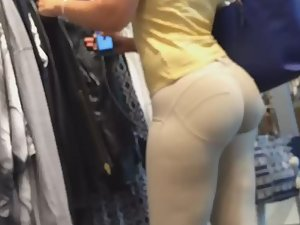 White girl with an ass of a black girl