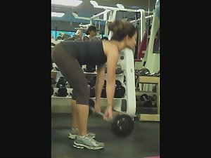 Fit girl's workout in see through tights Picture 4
